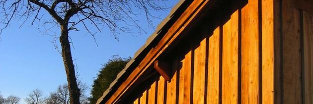 Geräteschuppen aus Holz für den Garten