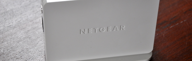 WLAN-Repeater WN3500RP mit Extras – Universal Dualband WLAN Repeater von Netgear