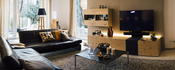 sky du mont wirbt f r musterring m bel blog. Black Bedroom Furniture Sets. Home Design Ideas
